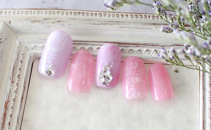 【2019春のトレンド Rose a la mode】キーカラーはピンク。春の柔らかな陽気に合う、やさし色合いで気分をリフレッシュ。