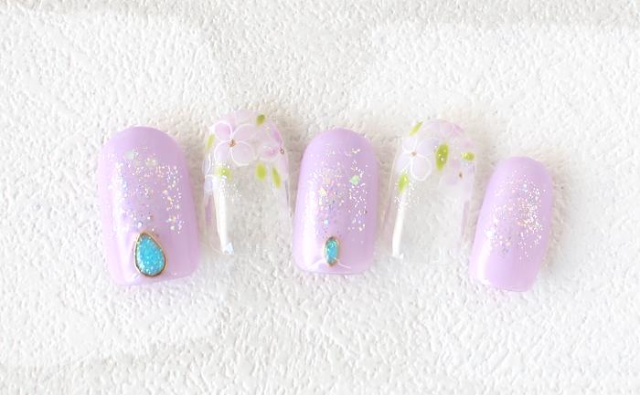 紫陽花とキラキラのラメをちりばめて梅雨のブルーもハッピーに♪