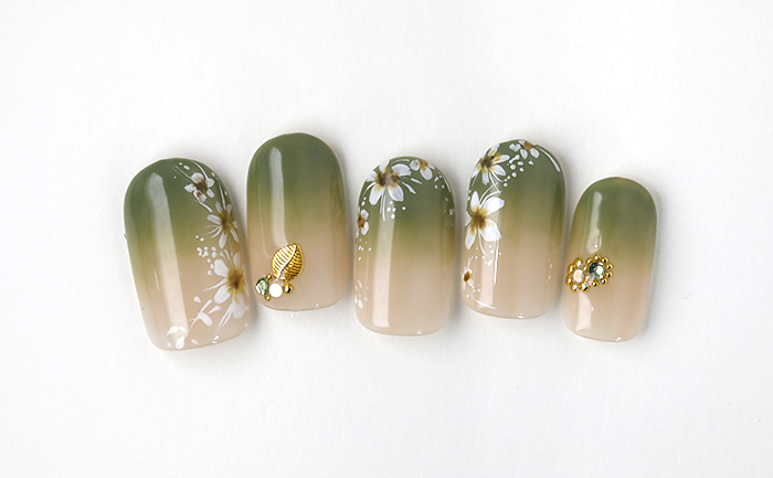 ツートーングラデの秋花ネイル