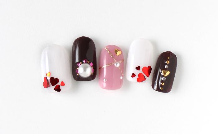 チョコ色とハートでバレンタイン仕様に
