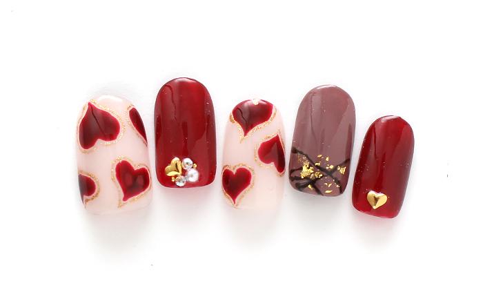 ハートとチョコでバレンタインネイル