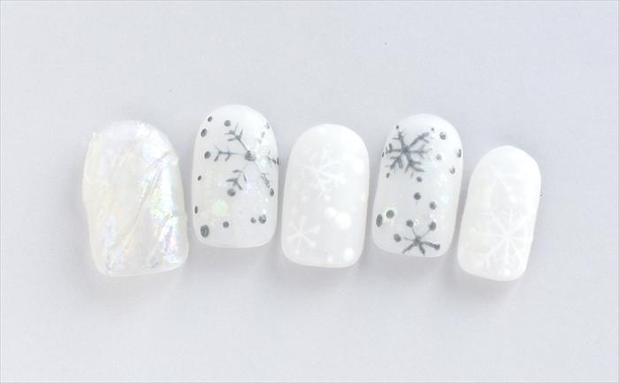 クリスタル スノー(Crystal Snow)